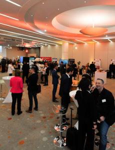 Notre offre de location de salle pour congrès s'adaptent à toutes vos demandes : réunion avec exposant et sous-com...