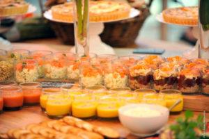 notre buffet toutnaturel avec soupes froides et chaudes