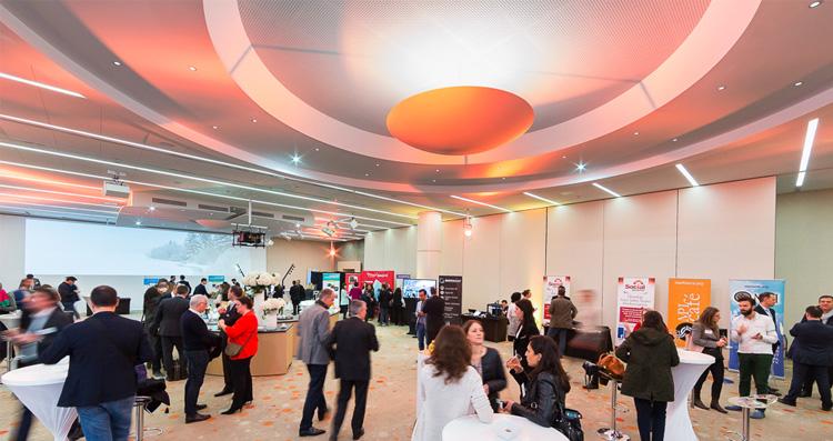 Les 1300 m² d'espaces événementiels des salons de l'Aveyron sont adaptés A tous type de manifestations professionnelles