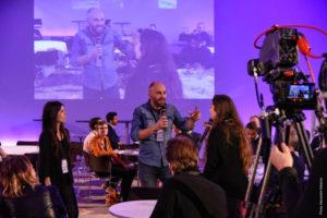 question réponses filmées en direct de la réunion et retransmise en streaming