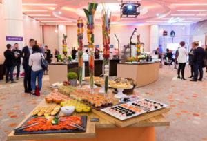 présentation d'un buffet ToutNaturel servis aux Salons de l'Aveyron,