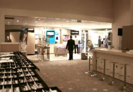 Show Room, et magasin de lunettes aux salons de l'aveyron